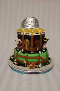 horse birthday cake with barn