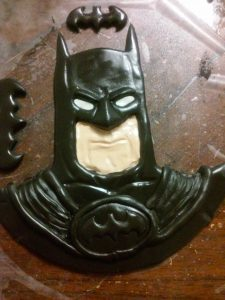 Batman bas relief in marshmallow fondant