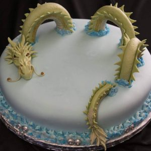 Dragon cake topper in marshmallow fondant