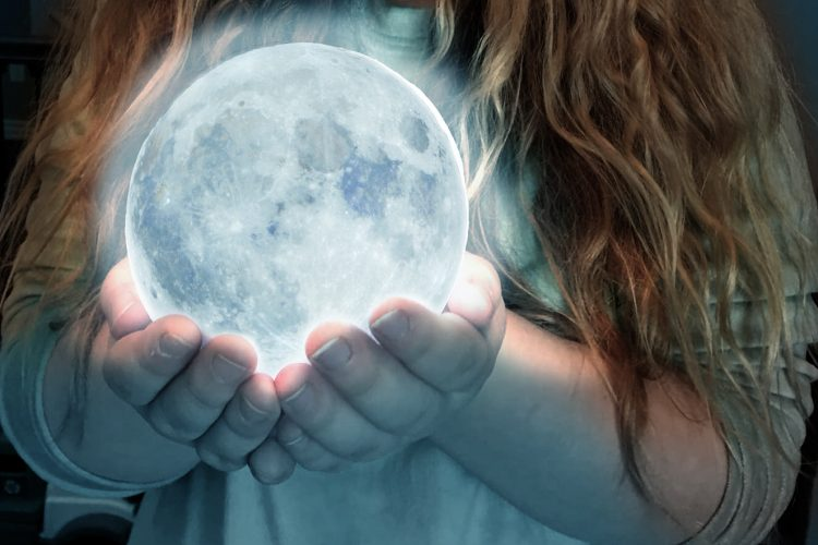 Moon in her hands
